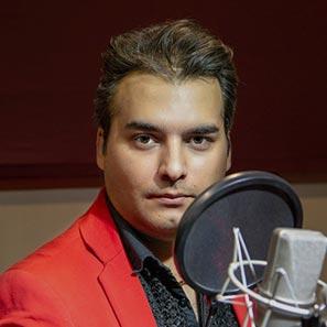 امیر زینانلو در استودیو فیلمسازی کاتشو | چهره و گوینده مطرح ایران