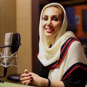 خانم مینا قیاسپور در استودیو فیلمسازی کاتشو | گوینده و نریتور مطرح ایران