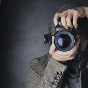 استخدام بهترین عکاس و فیلمبردار حرفه ای در استودیو فیلمسازی کاتشو